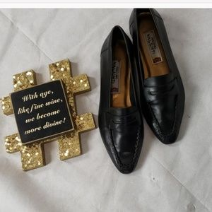 NWOB BRUNO VALENTI black slip on loafers size 7.5